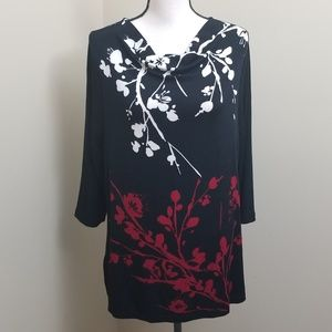 TRAVELERS by CHICO'S Stretchy Floral Blouse Size 2